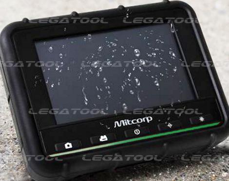หน้าจอมาตรฐาน IP55 สามารถใช้งานตัวเครื่องได้แม้ฝนตก