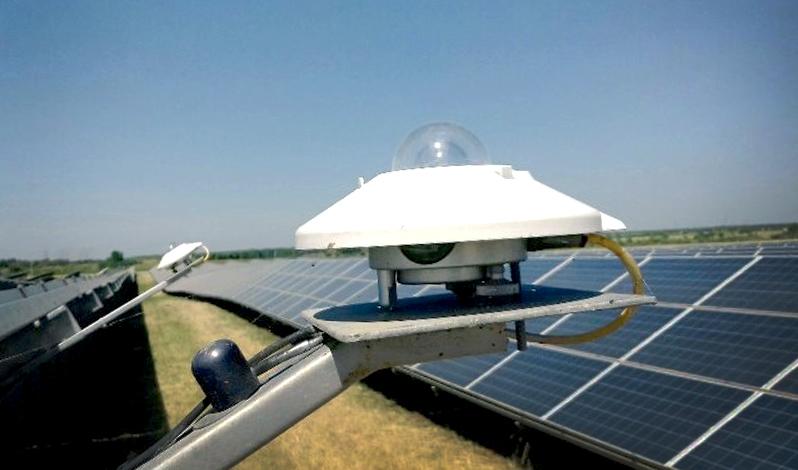 เครื่องวัดพลังงานแสงอาทิตย์