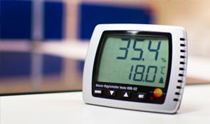 เครื่องวัดอุณหภูมิความชื้นแบบตั้งโต๊ะ