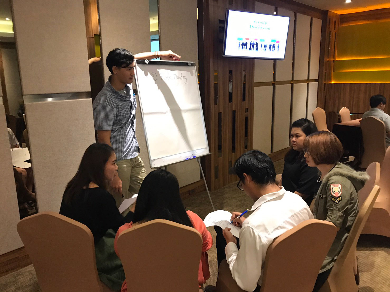 Japanese Business Manner Training
