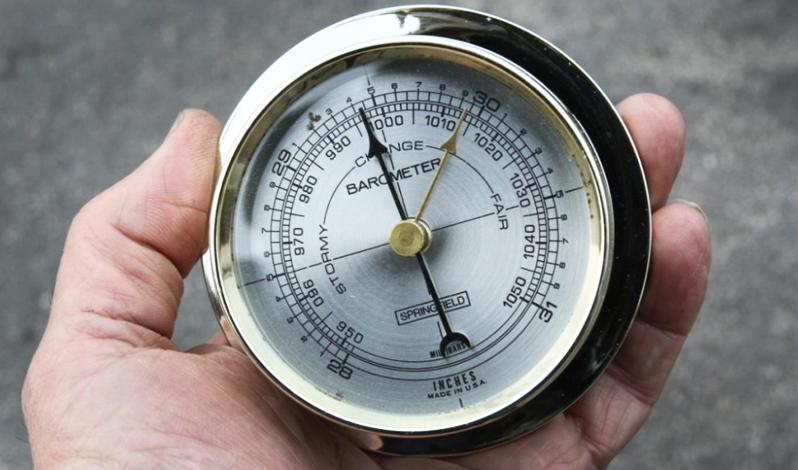เครื่องวัดความกดอากาศ