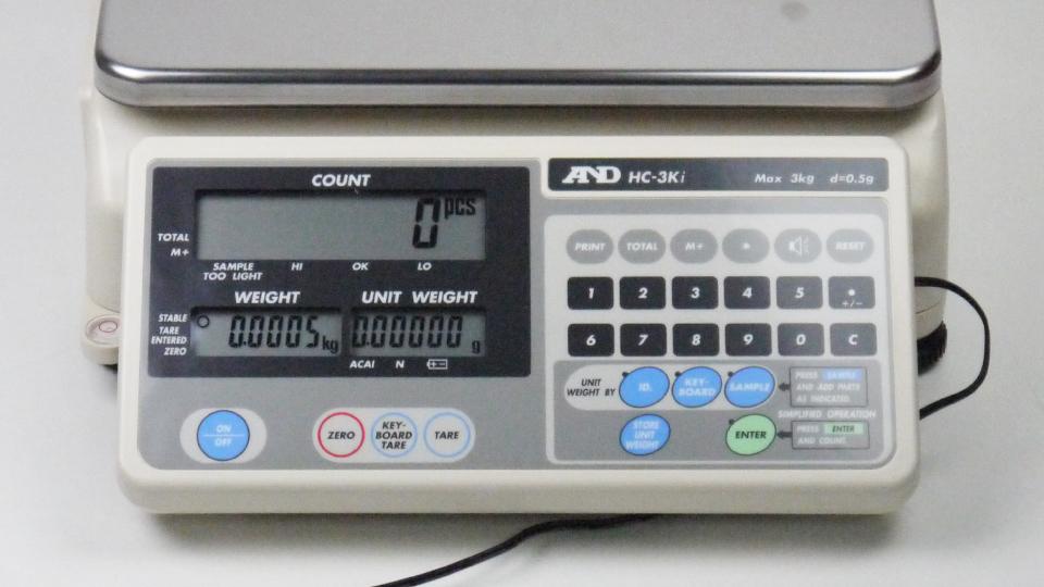 AND HC-3Ki เครื่องชั่งน้ำหนักดิจิตอล | 3Kg (Counting Scales)