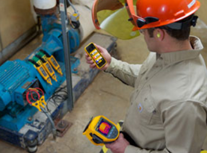 Capture and save measurements from your wireless-enabled test tools to the Fluke Connect® app on your smartphone