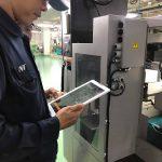 แนะนำและสาธิตการใช้งานเครื่องวัดความสั่นสะเทือน Vibration Meter CardVibro Air 2 รุ่น VM-2012 ให้กับโรงงานผลิตชิ้นส่วนและอะไหล่รถยนต์